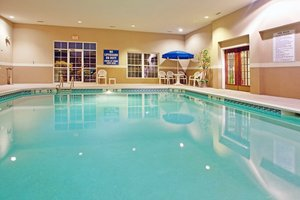 Pool - Holiday Inn Express Hotel & Suites Orangeburg