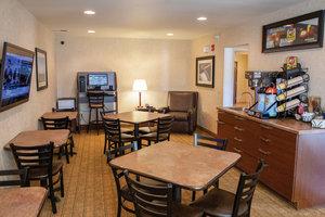 Lobby - My Place Hotel Bismarck
