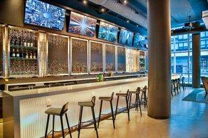 Restaurant - Aloft Hotel Magnificent Mile Chicago