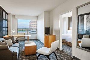 Suite - Renaissance Suites Chicago O'Hare Airport