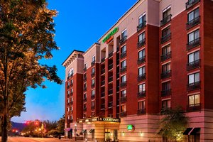 Exterior view - Courtyard by Marriott Hotel Downtown Chattanooga