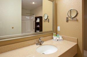 - Holiday Inn Express Hotel & Suites Worthington
