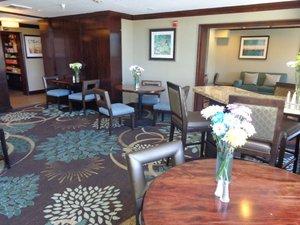 Restaurant - Staybridge Suites Lone Tree