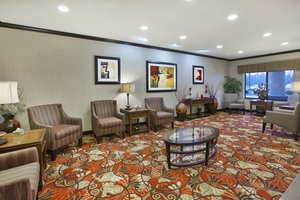 Lobby - Holiday Inn Express Hotel & Suites Triadelphia