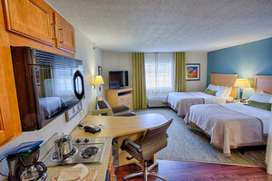 Room - Candlewood Suites University Area Fargo
