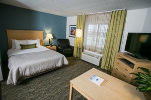 Room - Candlewood Suites University Area Fargo