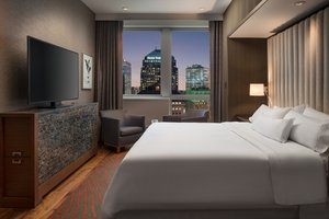 Suite - Westin Hotel Downtown Cleveland