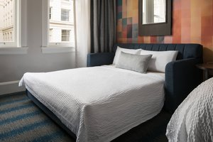 Room - Courtyard by Marriott Hotel Pioneer Square Seattle