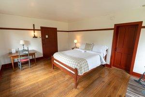 Room - Inn at Shaker Village of Pleasant Hill Harrodsburg