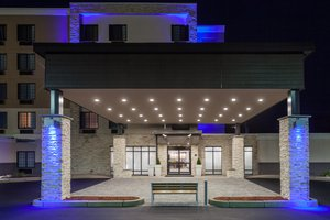 Exterior view - Holiday Inn Express Hotel & Suites Woonsocket