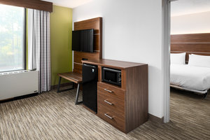 Room - Holiday Inn Express College Park