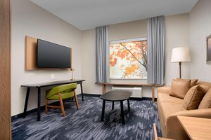 Suite - Fairfield Inn & Suites by Marriott West Doral