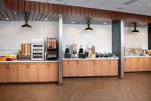Restaurant - Fairfield Inn & Suites by Marriott West Doral