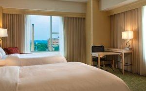Room - Kingsgate Hotel & Conference Center at University of Cincinnati