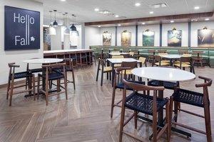 Restaurant - Fairfield Inn & Suites by Marriott Fort Morgan