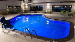 Pool - Holiday Inn Express Hotel & Suites Williamsport