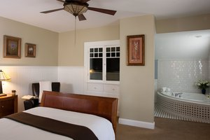Room - Craftsman Inn Calistoga
