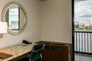 Room - DoubleTree by Hilton Hotel Riverfront Jacksonville