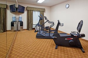 Fitness/ Exercise Room - Holiday Inn Express Delmont