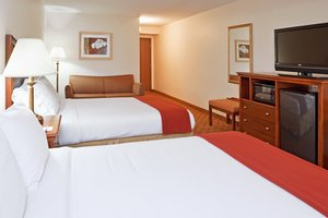 Room - Holiday Inn Express Delmont