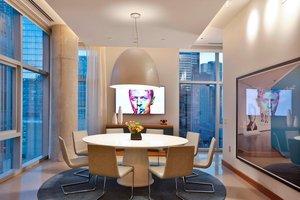 Suite - Aloft Hotel Magnificent Mile Chicago