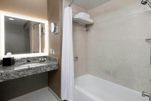Room - Sheraton Pittsburgh Airport Hotel Coraopolis
