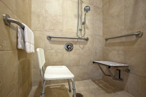 - Holiday Inn Express Hotel & Suites Franklin