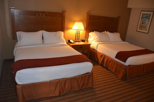 Room - Holiday Inn Express Hotel & Suites Donegal