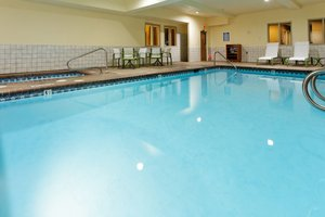 Pool - Holiday Inn Express Hotel & Suites Canyonville