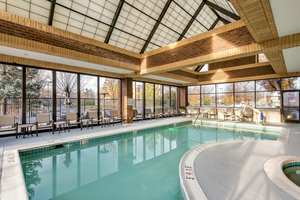 Pool - Crowne Plaza Hotel Annapolis
