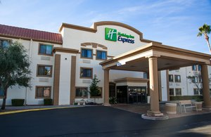 Exterior view - Holiday Inn Express Airport Tucson