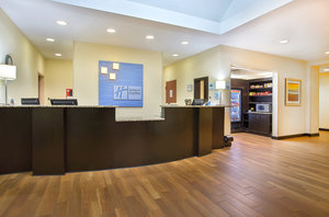Lobby - Holiday Inn Express Hotel & Suites Murphy