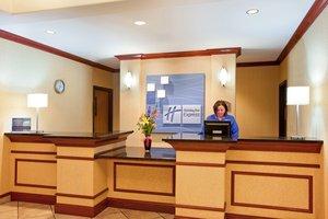 Lobby - Holiday Inn Express Hotel & Suites Loves Park