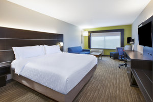 Suite - Holiday Inn Express Hotel & Suites Parkersburg