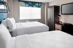 Room - Four Points by Sheraton Hotel Soho Village NYC