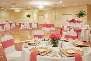 Ballroom - Holiday Inn Hotel & Suites Peabody