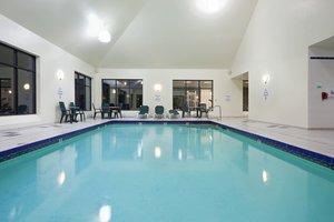 Pool - Holiday Inn Hotel & Suites Peabody