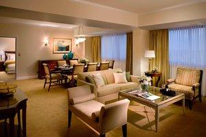Suite - Marriott Dadeland Hotel Miami