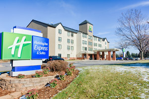 Exterior view - Holiday Inn Express Hotel & Suites Coon Rapids