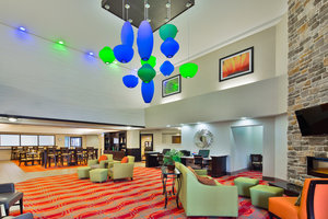Lobby - Holiday Inn Express Northeast Harrisburg
