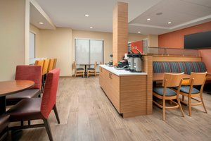 Restaurant - TownePlace Suites by Marriott College Park