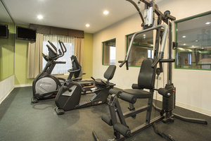 Fitness/ Exercise Room - Holiday Inn Express Hotel & Suites Kalamazoo