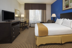 Suite - Holiday Inn Express Hotel & Suites Kalamazoo