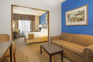 Room - Holiday Inn Express Hotel & Suites Kalamazoo