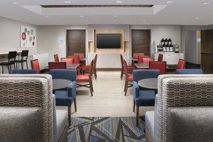Restaurant - Holiday Inn Express Lawrence