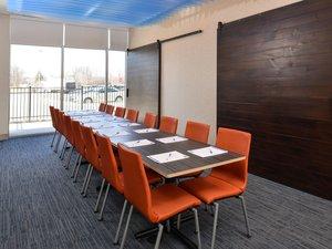 Meeting Facilities - Holiday Inn Express Hotel & Suites Island Lake Brighton