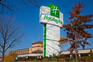 Exterior view - Holiday Inn North Shore Skokie