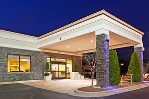 Exterior view - Holiday Inn Express Wendover Greensboro
