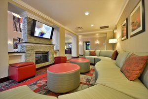 Lobby - Holiday Inn Express Canandaigua