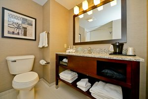 Room - Holiday Inn Express Canandaigua